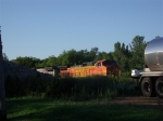 BNSF 5423 in the early morning light