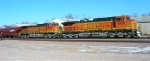 BNSF 5020 and BNSF 4552