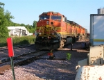 BNSF 4960 on siding, with other grain shuttle locos,