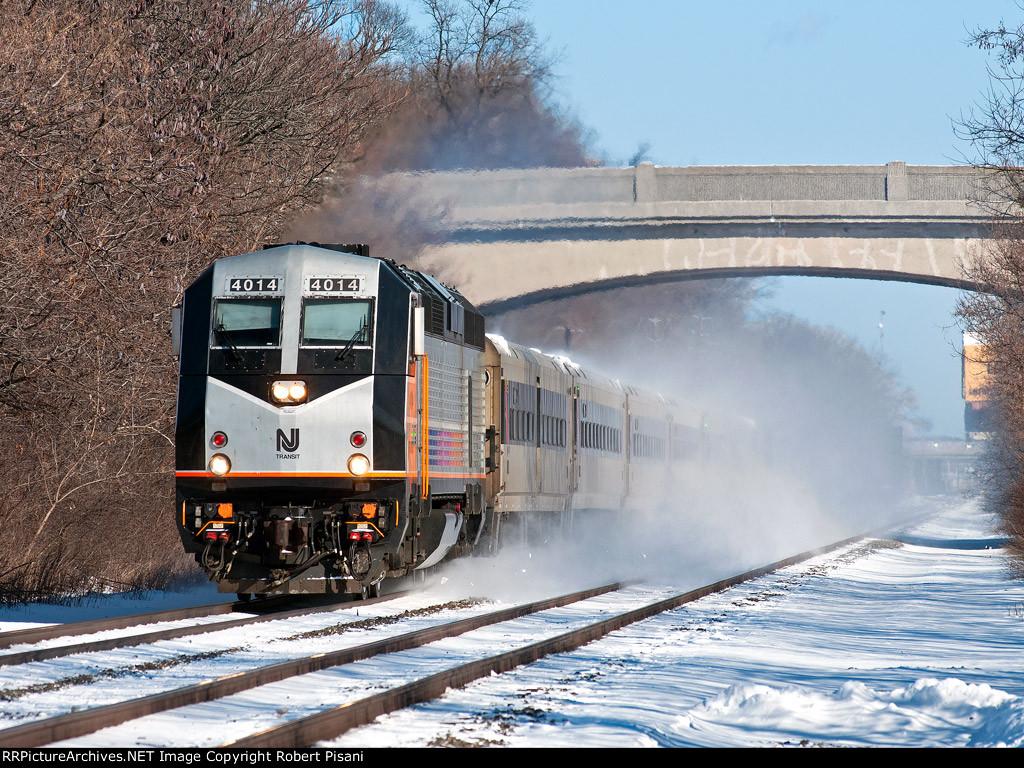 NJT 4014 on train 5423