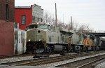 NS 7526 & 7525, in primer, lead train 846