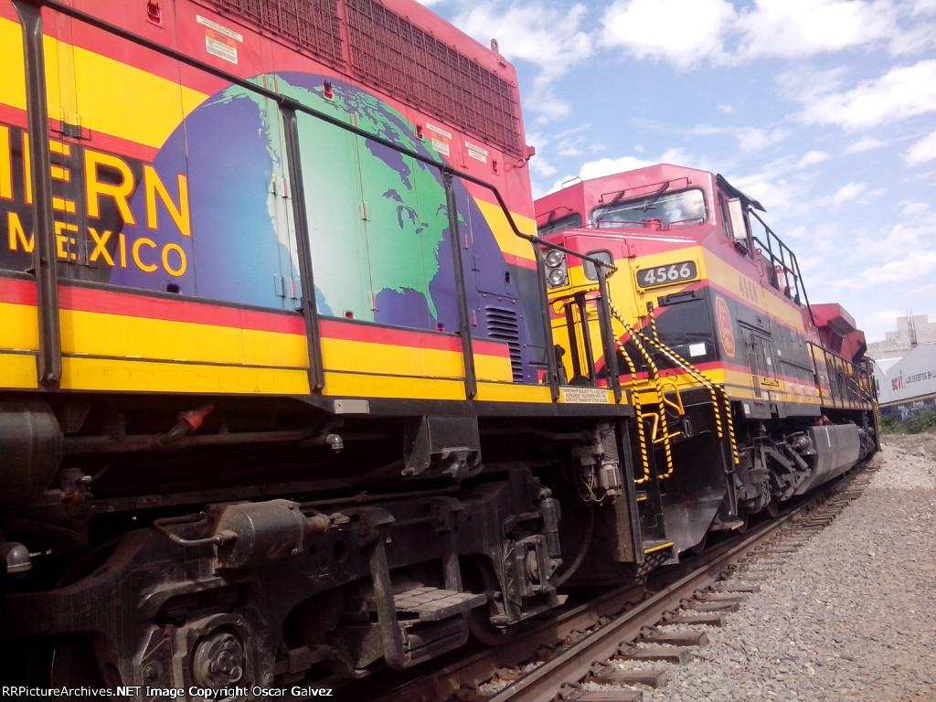 KCSM 2404 y 4566
