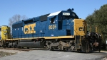 CSX 8035 displays its new paint