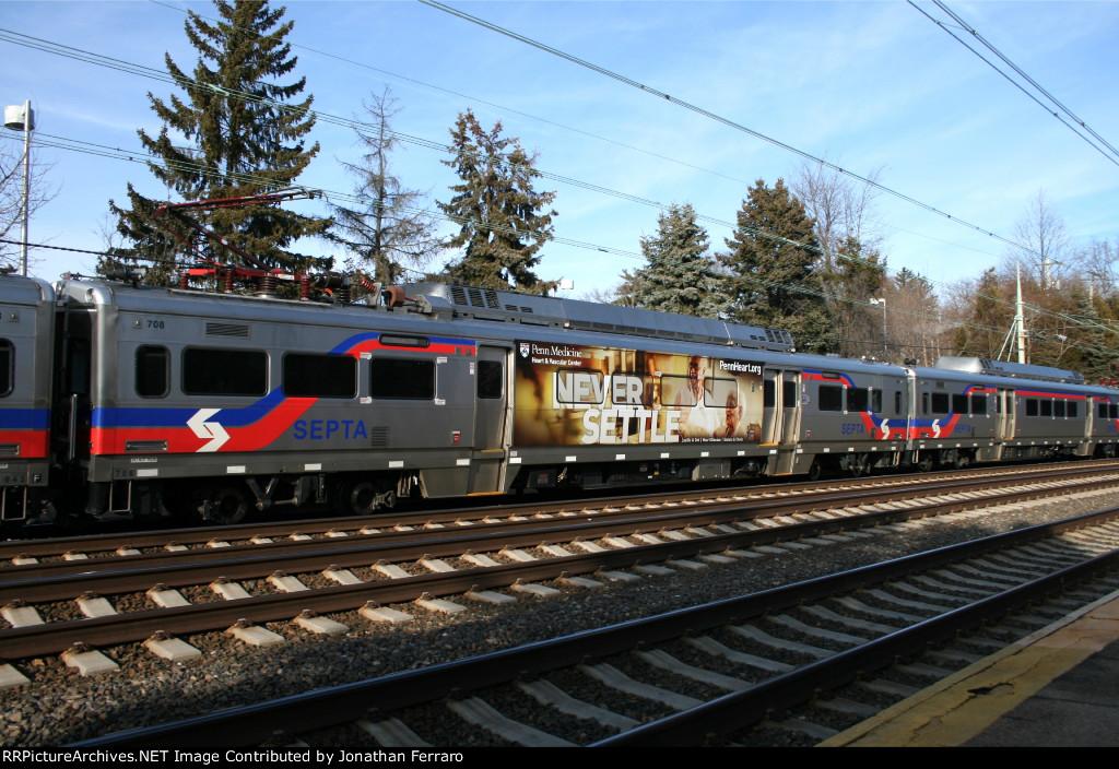 SPAX 708 on Train 547