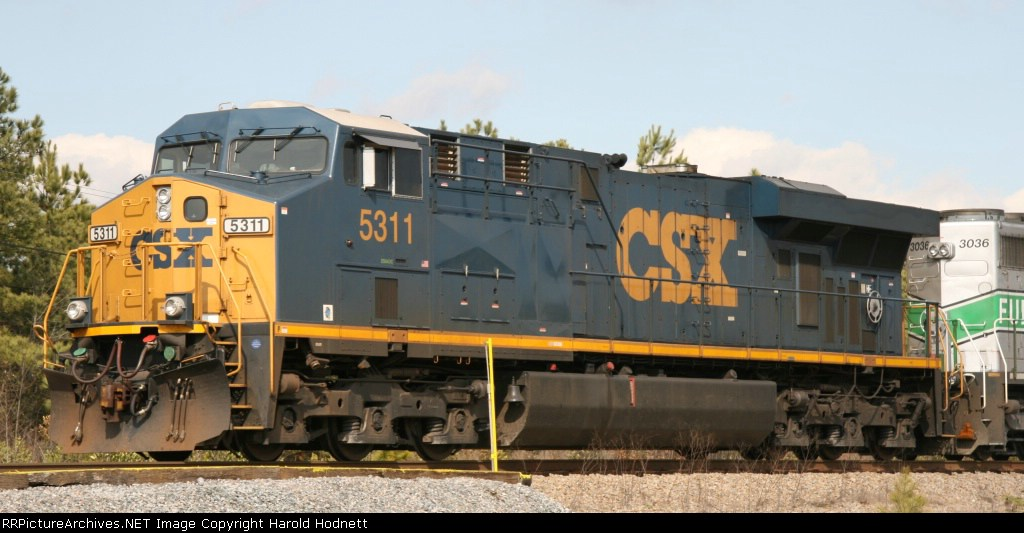 CSX 5311 is the lead unit on a southbound train
