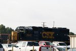 CSX 2543 sports a nose mounted box