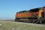 BNSF 4170 trails dpu on a SB oil can.