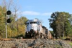 Q271-17 rolls northbound into CP-22 on a brisk fall afternoon
