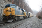 Q254 holds the main just north of CP-76 on a gloomy afternoon