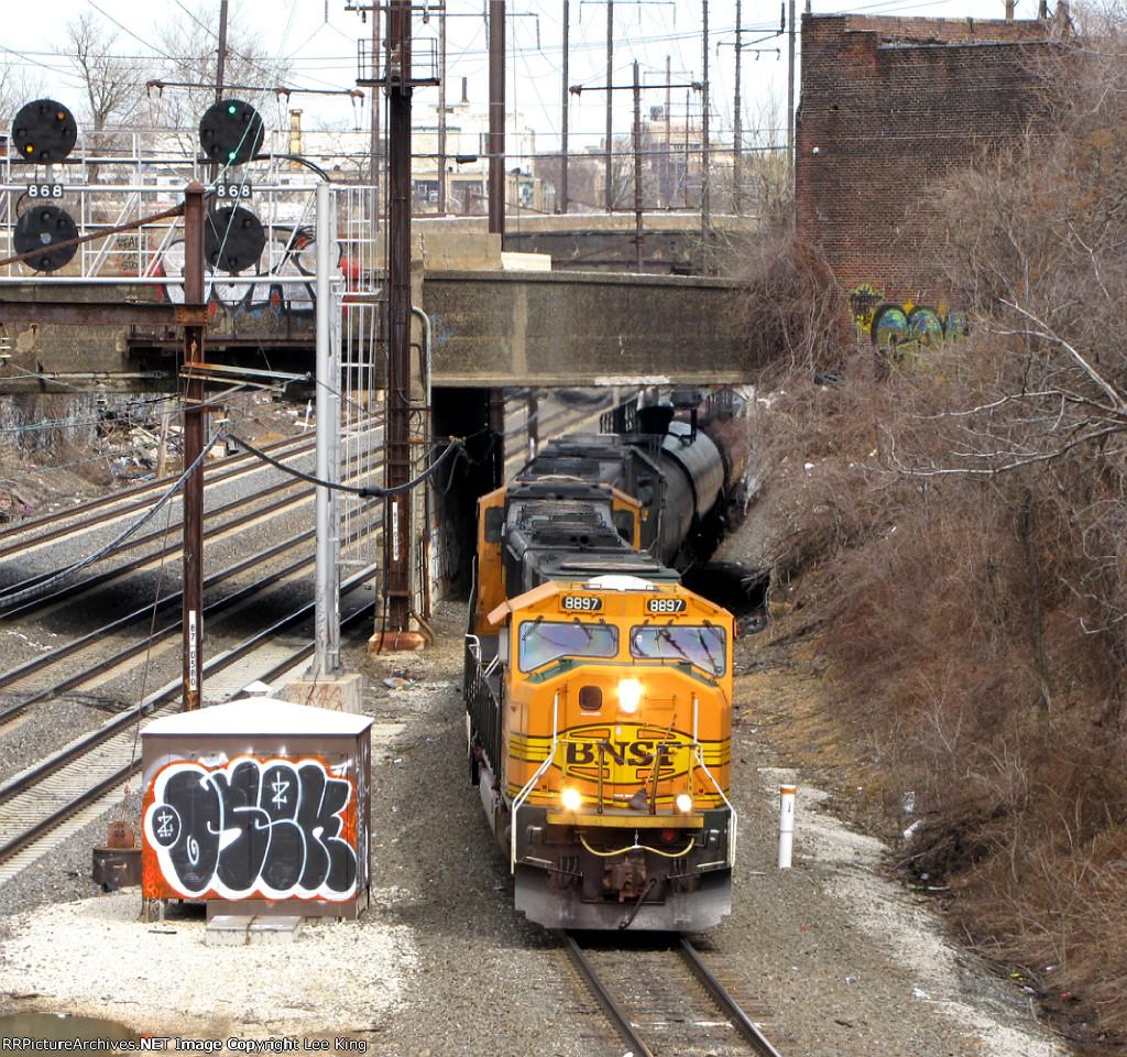BNSF 8897 NS 39G01