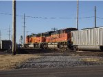 BNSF 9301 Crossing the diamond