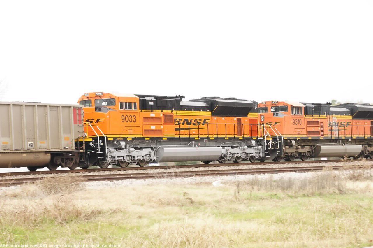 BNSF 9033, 9310 (DPU's)