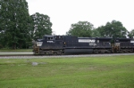 NS 9028 Northbound