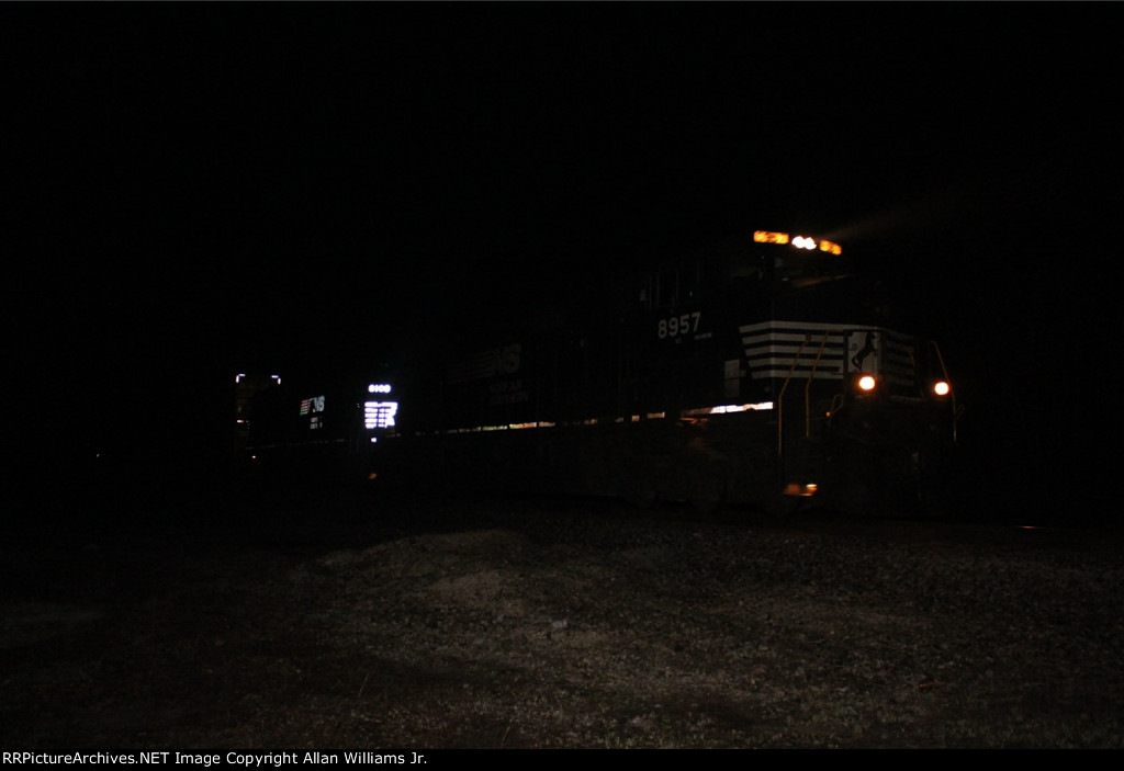 NS 8957