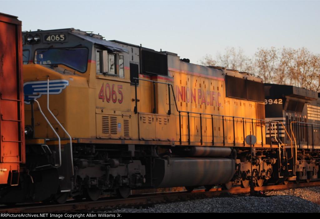 UP 4065