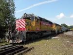CSOR 3771 and its train crossing the CSX diamond.