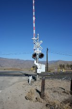The RR CROSSING signal that wobbles