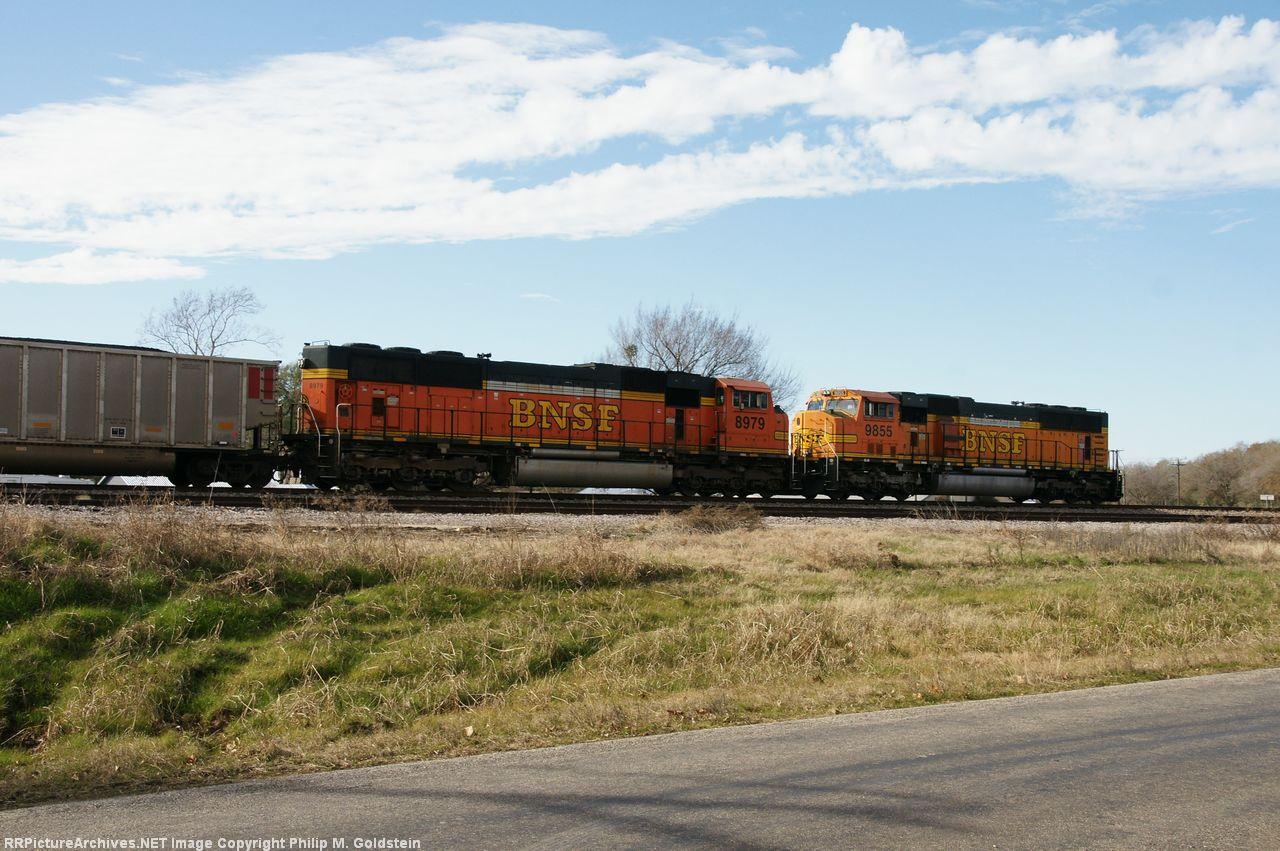 BNSF 8979 (DPU), 9855 (DPU)