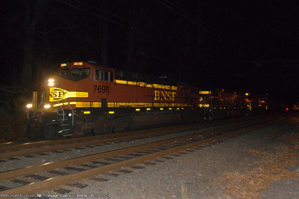 BNSF ES44DC 7696 leads K041-23