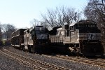Conrail WPCA-20 and NS 39G