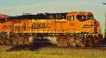 BNSF 7004WKbg