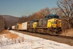 CSX 226 leads this longggg mixed freight thru Iona Island