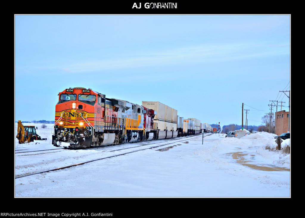 BNSF 4554, CREX 1329, & CP 8796