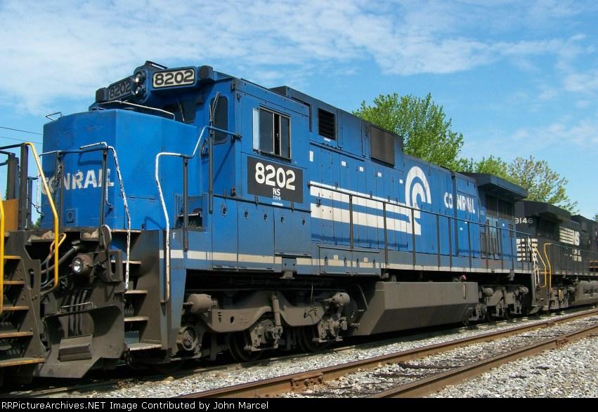 NS 8202