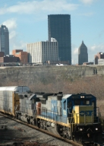 CSX 7502 entering J&L tunnel