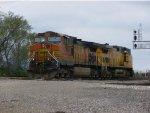 BNSF 4795 & UP 9817