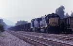 CSX 8507 getting ready to head east