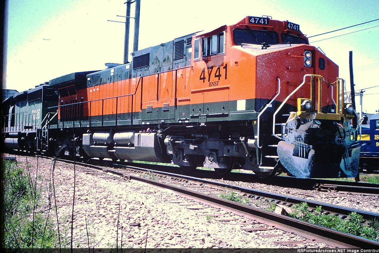 BNSF 4741