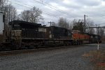 NS 9634, BNSF 6934 and NS 2602 on B100-19/24K