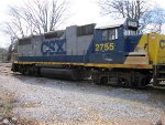It isnt everyday CSX leaves an unlocked running and unattended locomotive here