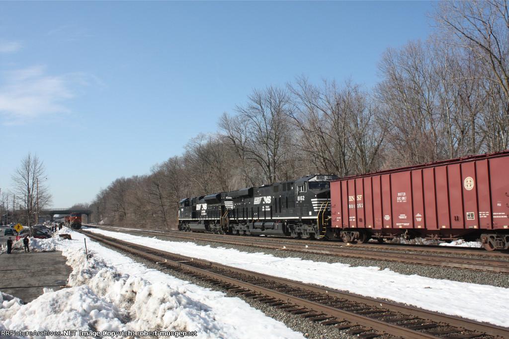 k 042-7 south bound oil train 9:30 am  pic (2)