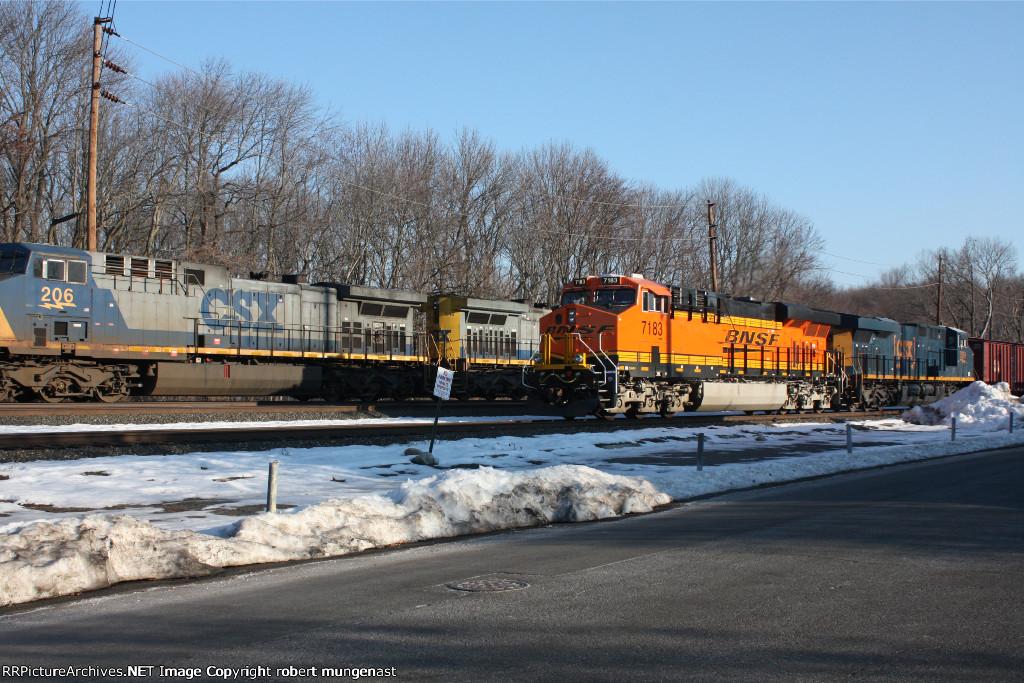 south bound oil train 8:40 am  pic (1)