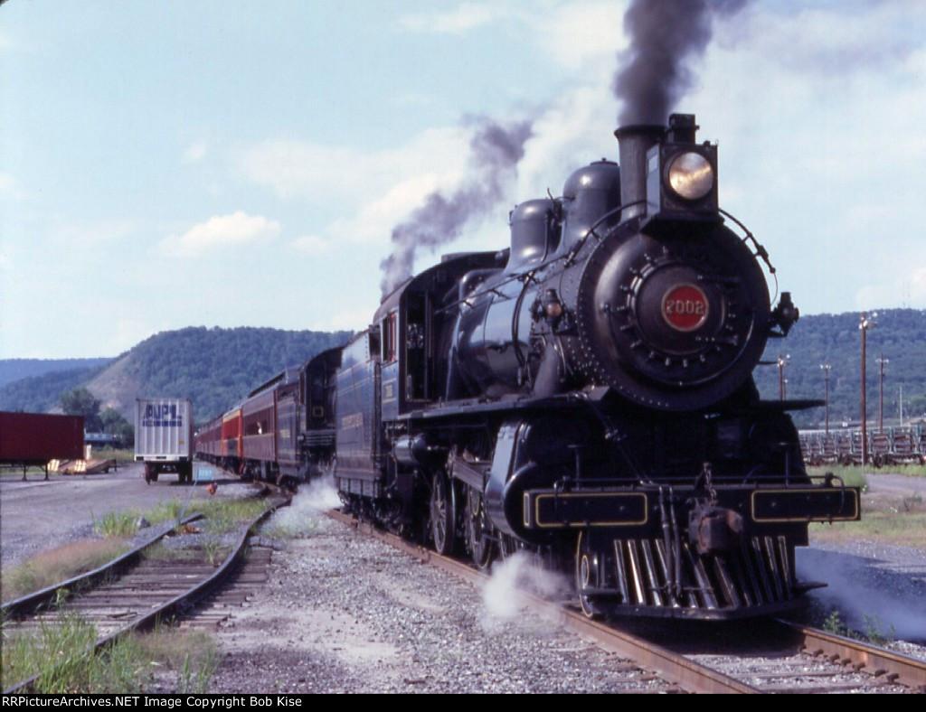 Doubleheaded steam in Harrisburg Terminal