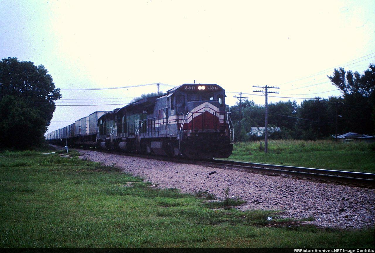 LMX 8537