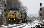 CSXT 7811 takes the Ringling Bros. Red Unit south out of Montview Yard