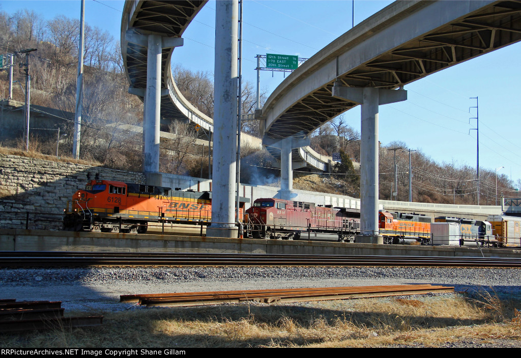 BNSF 6128 Heads a NB freight up the Fort Scott Sub.