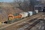 BNSF 8620& BNSF 2664 lead a local into Argentine yard,