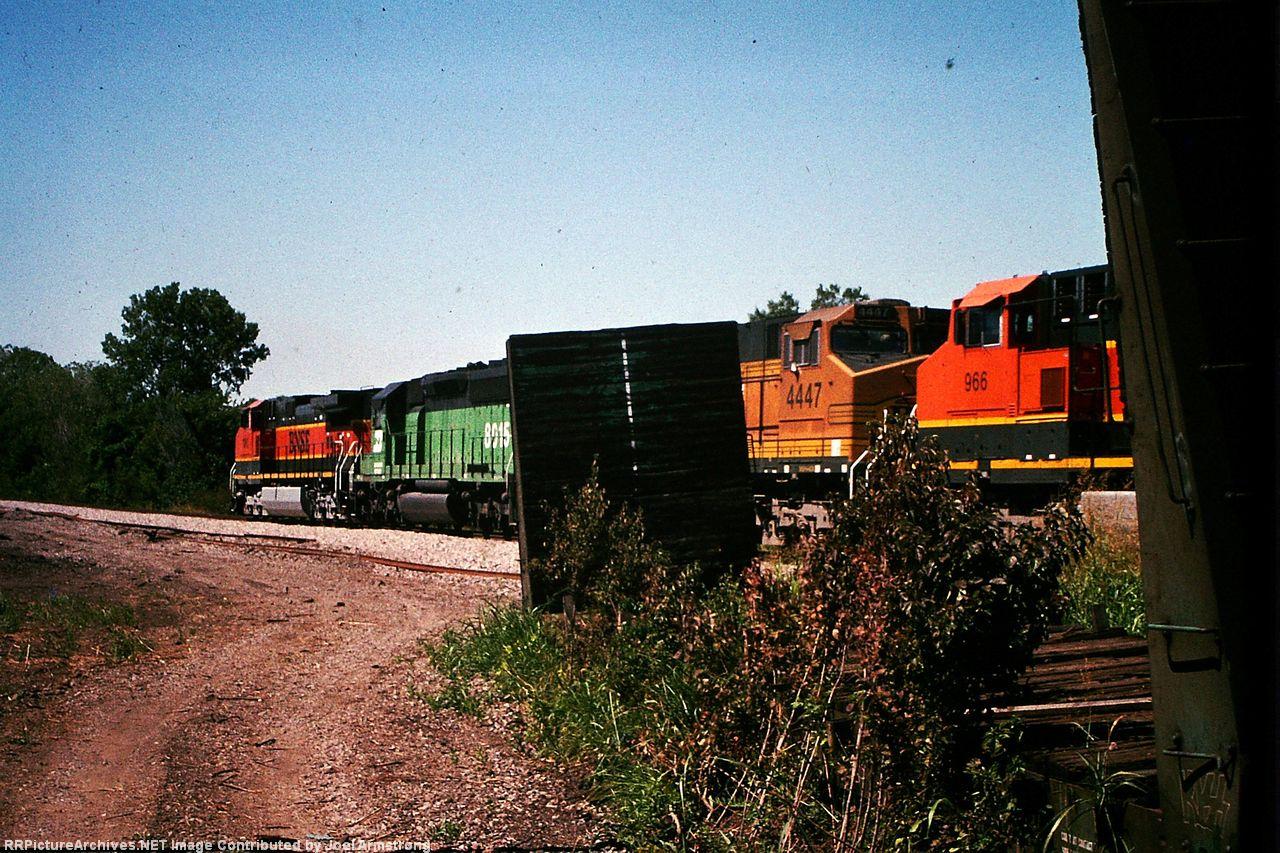 BNSF 4447