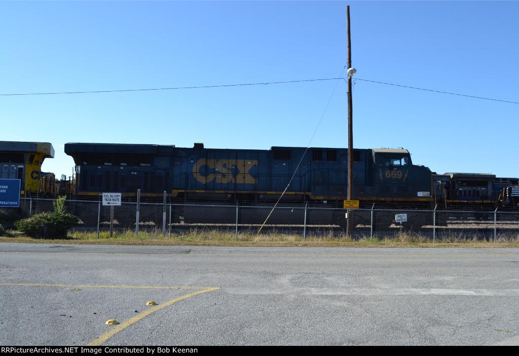 CSX 669