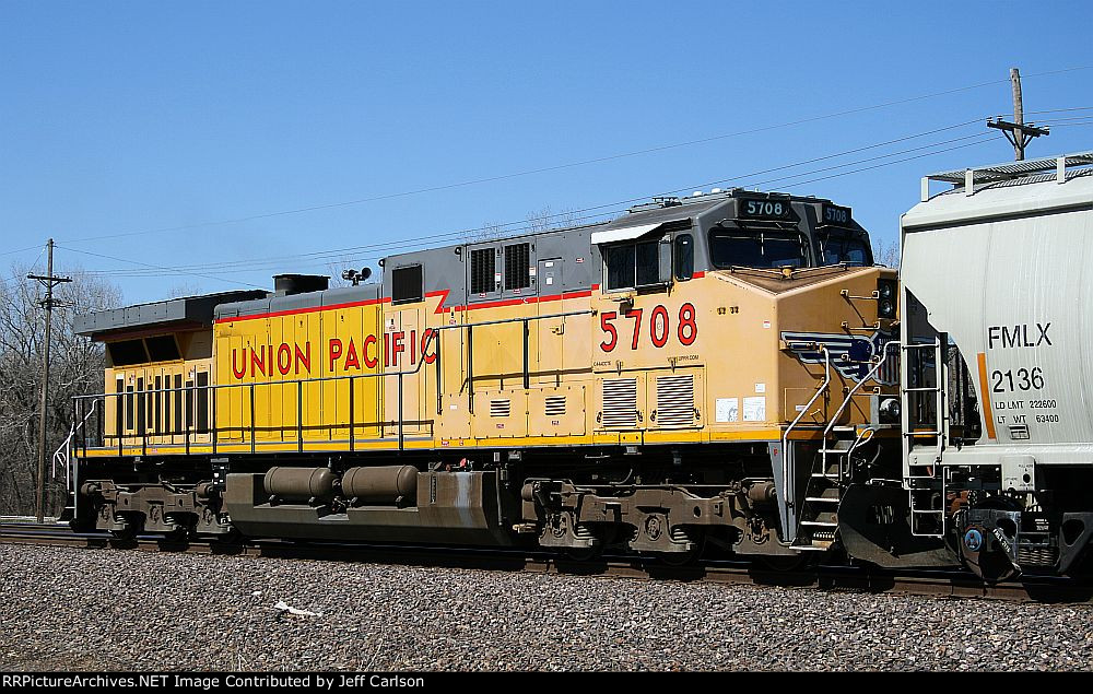 Partially repainted UP 5708