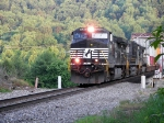 NS 9096 Train 22A Coming across the Clinch River