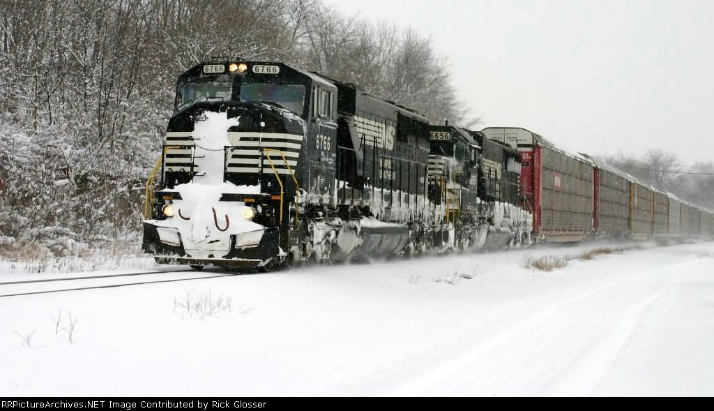 Snow-Packed SD60M On 11J @ 1159 hrs.