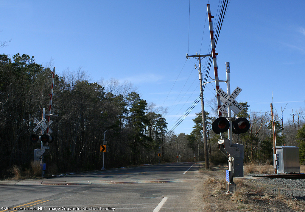 Railroad crossing re-installed