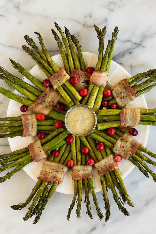 Bacon Wrapped Asparagus Wreath