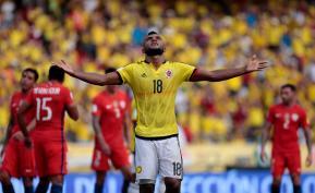 El delantero colombiano Miguel Ángel Borja en el partido contra la selección de Chile, en la fecha 11 de las Eliminatorias del Mundial Rusia 2018. Foto: Colprensa