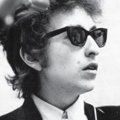 Robert Allen Zimmerman más conocido como Bob Dylan nació el 24 e mayo de 1941. Foto tomada de elcorso.es